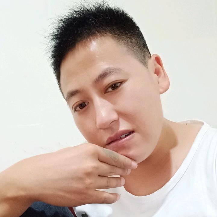 👉阿杰🌙<<承蒙厚爱>>