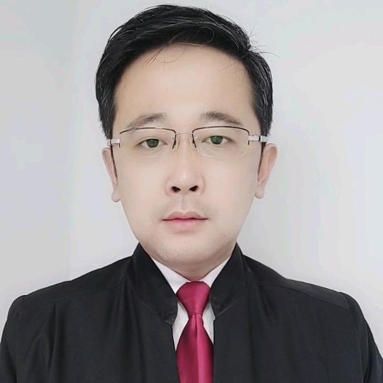 秦皇岛周律师